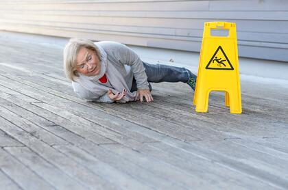 Old Lady Slip and Fall Incident