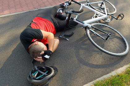 Bicycle accident caused head injuries